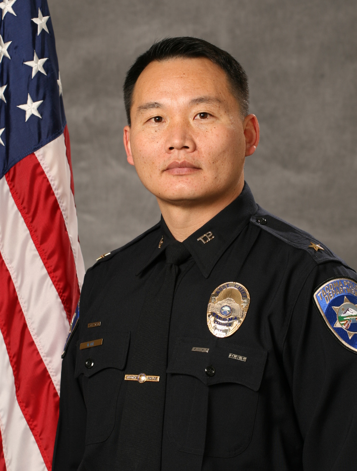 Photo of Assistant Chief Mike Ake